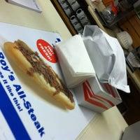 Photo taken at Roy's All Steak Hamburgers by Huna T. on 3/23/2013