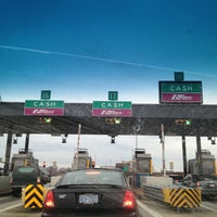 Photo taken at E-ZPass Stop-in Center - Fort McHenry Tunnel by Gerson ⚓ D. on 1/1/2013