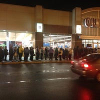 Photo taken at Old Navy by Jeff W. on 11/23/2012