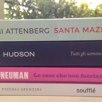 Photo taken at Mondadori Multicenter by Silvia on 9/5/2016