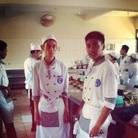 Photo taken at SMKN 4 Denpasar by i g u n g y a h y a _. on 11/24/2013