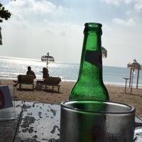 Photo taken at Jimbaran Beach Cafe by 🇫🇷geo🇫🇷 . on 8/31/2016