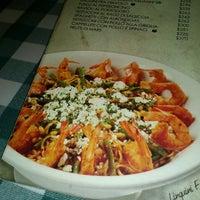 Photo taken at Italianni's Pasta, Pizza & Vino by Gerardo G. on 3/16/2013