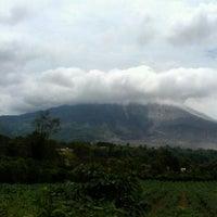 Photo taken at Gunung Sinabung by Nurhayati T. on 8/1/2014