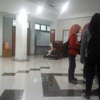 Photo taken at Gedung Ilmu Komputer (GIK) by Hadian M. on 12/18/2012