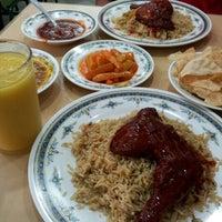 Photo taken at Restoran Insaf by Masniyah Zaini 'Nor' on 2/21/2013
