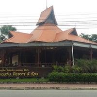 Photo taken at Baan Grood Arcadia Resort and Spa by Waranya S. on 8/29/2015