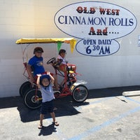 Photo taken at Old West Cinnamon Rolls by Melanie S. on 7/23/2016