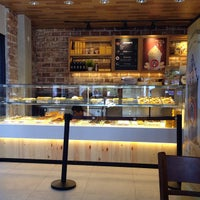 Photo taken at J.Co Donuts & Coffee by Marcus S. on 4/9/2015