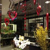 Photo taken at Sogo Department Store by Miumama ʚ♥⃛ɞ on 2/7/2013
