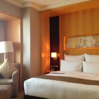 Photo taken at Le Royal Méridien Shanghai   上海世茂皇家艾美酒店 by Xiao Z. on 7/16/2013