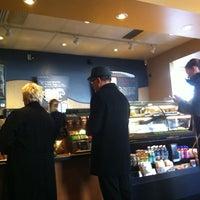 Photo taken at Starbucks by Len ❤. on 2/11/2013
