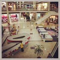 Photo taken at Shopping Campo Grande by Leandro V. on 2/25/2013