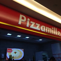 Photo taken at Pizzamille by Márcia C. on 7/26/2016