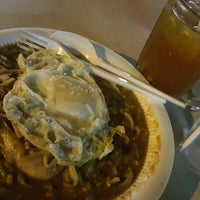 Photo taken at Al-Salam Restaurant by Ruszaini R. on 8/1/2016