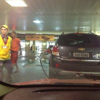 Photo taken at Posto Carrefour by Lisandro R. on 1/19/2013