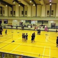 Photo taken at Salah AlDin Sports Hall صالة صلاح الدين الرياضية by Mervin I. on 2/15/2013