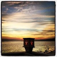 Photo taken at D'Perahu by Yongki M. on 9/22/2012