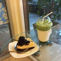 Photo taken at Coffee Me by Sujitporn Coffee & Bakery House by Beer P. on 5/5/2015