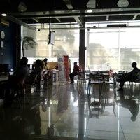 Photo taken at Honda Mugen - Pasar Minggu by Achmad F. on 6/2/2014