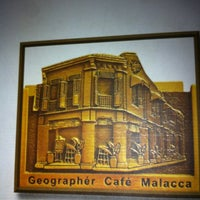 Photo taken at Geographér Café by danny c. on 10/20/2012