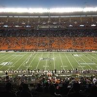 Photo taken at Aloha Stadium by Peter T Y. on 11/25/2012