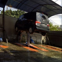 Photo taken at Jet Wash Auto Detailing by Kamelia S. on 2/15/2013