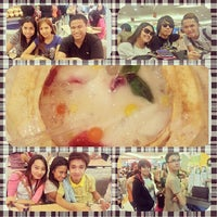 Photo taken at Food Court by Stenz D. E. on 7/28/2013