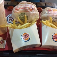 Photo taken at Burger King by Inafsa U. on 8/18/2015