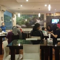 Photo taken at Tasty Resto & Cafe Tahu by Yunianto K. on 8/10/2014