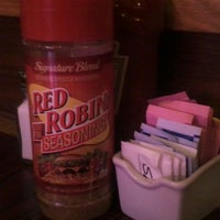 Photo taken at Red Robin Gourmet Burgers by David O. on 10/8/2012