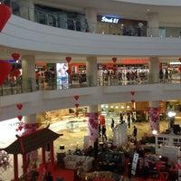 Photo taken at Mall @ Alam Sutera by Bambang L. on 1/26/2013