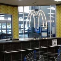 Photo taken at McDonald's by Larry Superman A. on 1/17/2014