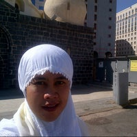 Photo taken at Masjid Abu Bakar, Madinah by indira h. on 11/17/2012