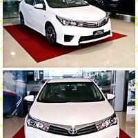 Photo taken at Toyota JD Car กัลปพฤกษ์ by Deenaa (. on 1/26/2014