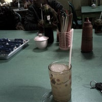 Photo taken at Mie Ayam Pangsit Padamara by hara n. on 9/28/2013