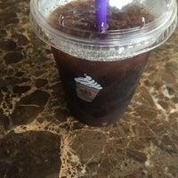 Photo taken at The Coffee Bean & Tea Leaf by Nikolaus on 5/16/2016