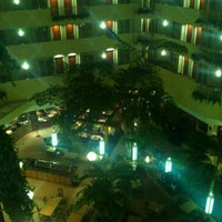 Photo taken at Embassy Suites by Hilton Tampa USF Near Busch Gardens by Jennifer S. on 2/24/2013
