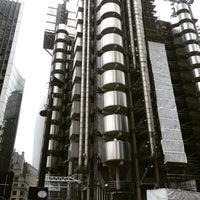 Photo taken at Lloyd's of London by Léo Cunha on 5/19/2016