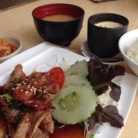 Photo taken at Shin Kei Raku by Pawinee M. on 10/14/2014