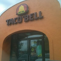 Photo taken at Taco Bell by Darrell B. on 6/9/2013