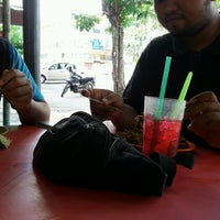 Photo taken at Mamak Pokok Ceri by Umi S. on 9/23/2016