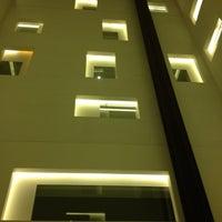 Photo taken at Hotel Mandarin Oriental by Josep Pitu M. on 10/27/2012