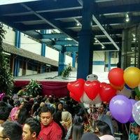 Photo taken at Universitas Islam Bandung (UNISBA) by Dimas F. on 8/28/2016