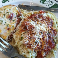 Photo taken at Olive Garden by Kim A. on 12/3/2012