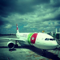 Photo taken at Lisbon Humberto Delgado Airport (LIS) by Thaís N. on 7/25/2013