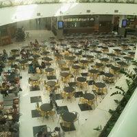 Photo taken at Shopping Poços de Caldas by Leandro Q. on 3/28/2013