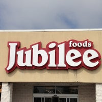 Photo taken at Jubilee Foods by Lee A. on 5/9/2013