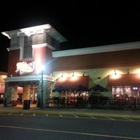 Photo taken at Red Robin Gourmet Burgers by James B. on 9/27/2013