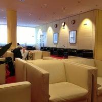 Photo taken at Atlantic Lounge by Dmitriy S. on 10/28/2012